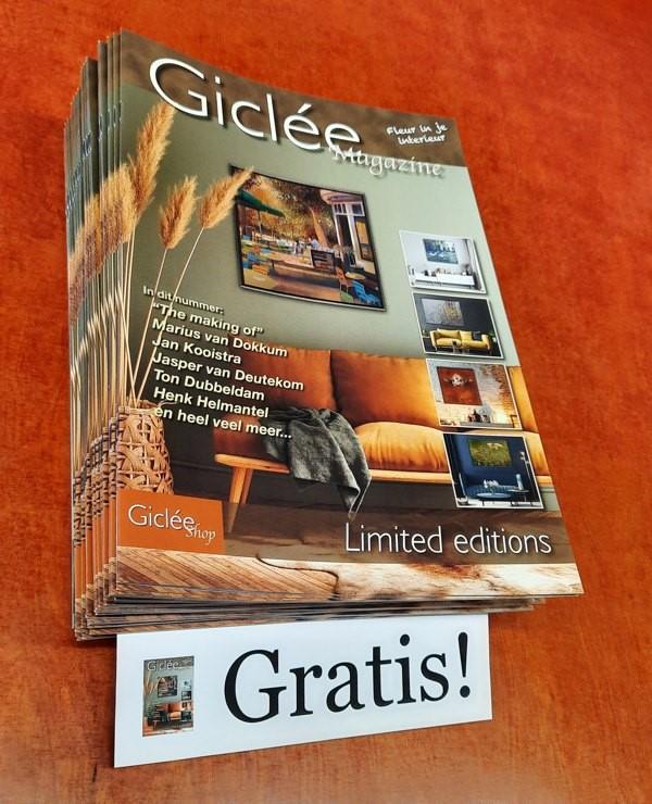 Giclée Magazine 2021 (600).jpg